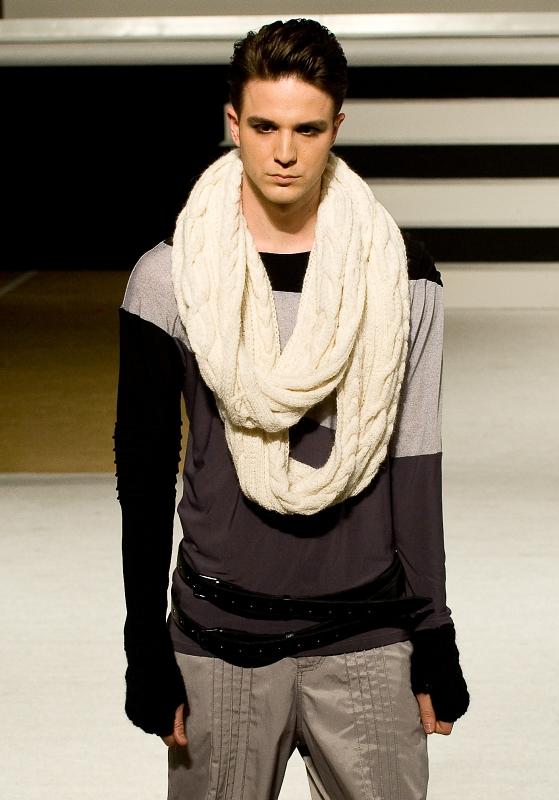 Стильный мужской шарф-снуд (шарф-кольцо), ручной вязки с объемным...